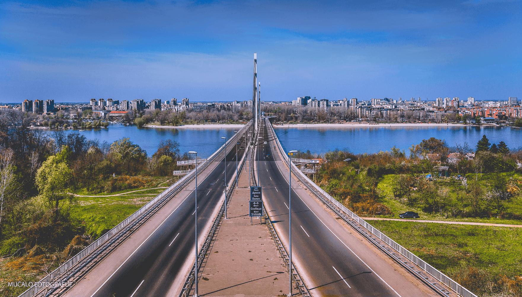 Smeštaj Novi Sad, most u Novom Sadu